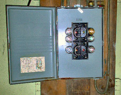 fuses panels vs breakers lamorte electric rh lamorteelectric com Electrical Breaker Box Electrical Breaker Box